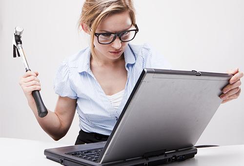 """Nếu không may bạn sẽ mua phải laptop """"đểu"""""""