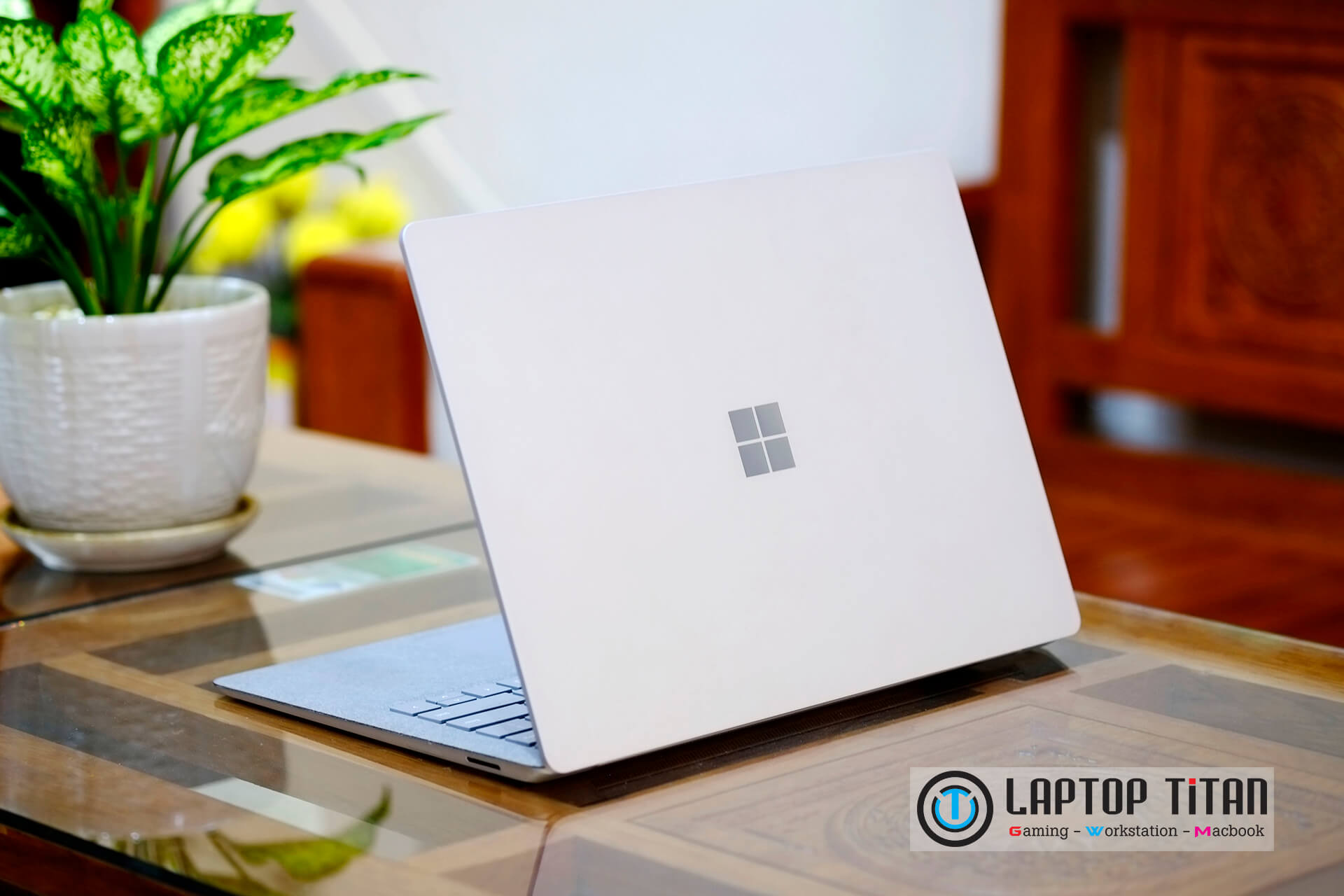 surface-laptop-2-4