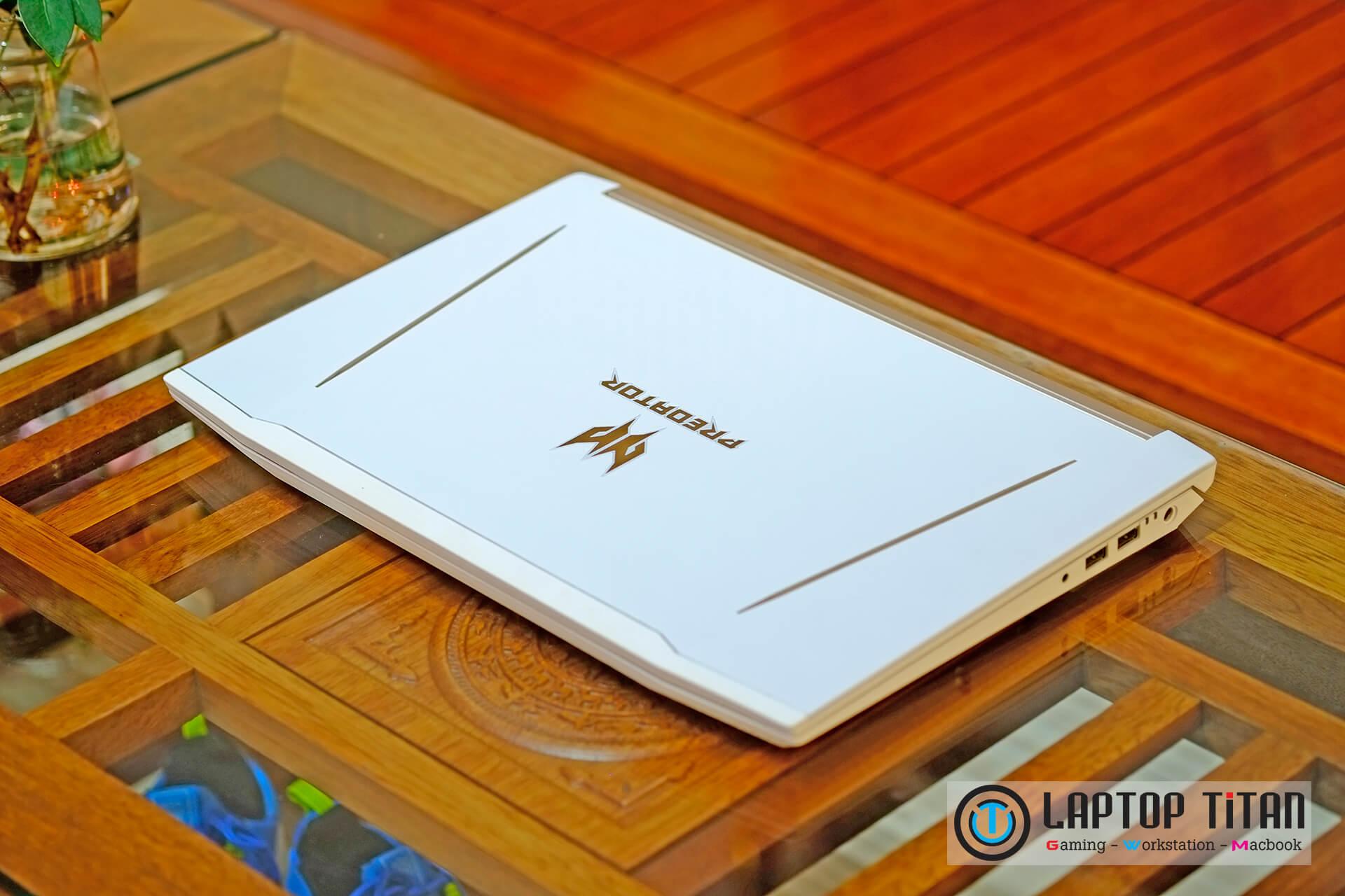 Acer Predator Helios 300 Special Edition White 007