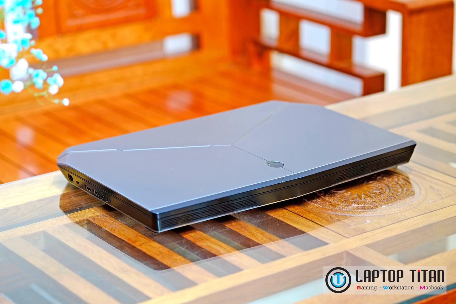 Dell Alienware 15 R2 004
