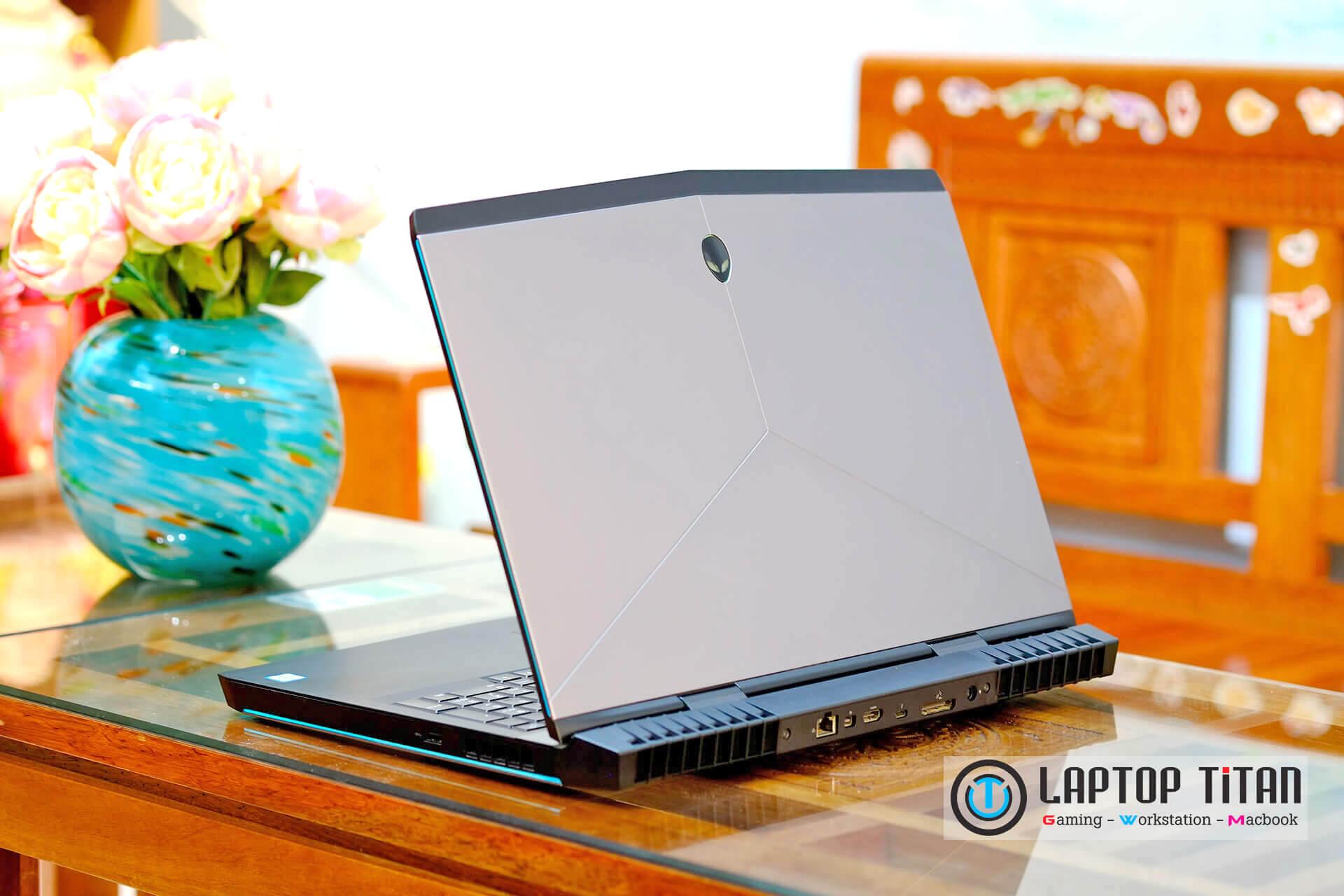 Dell Alienware 17 R4 Laptoptitan 005