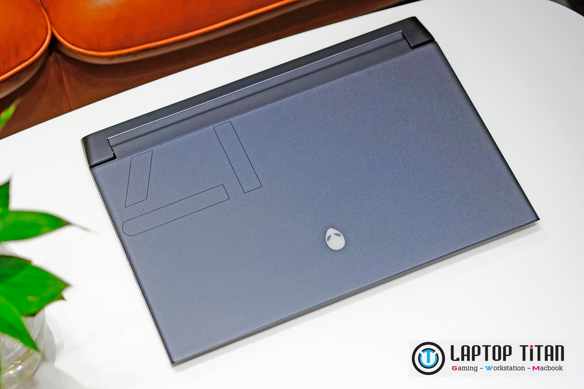 Dell Alienware M17 R4 Laptoptitan 02
