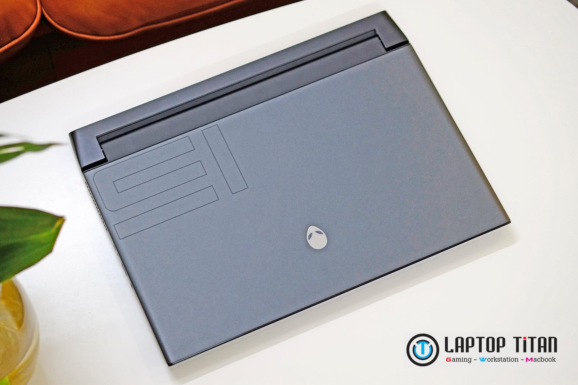 Dell Alienware M15 R3 Laptoptitan 06