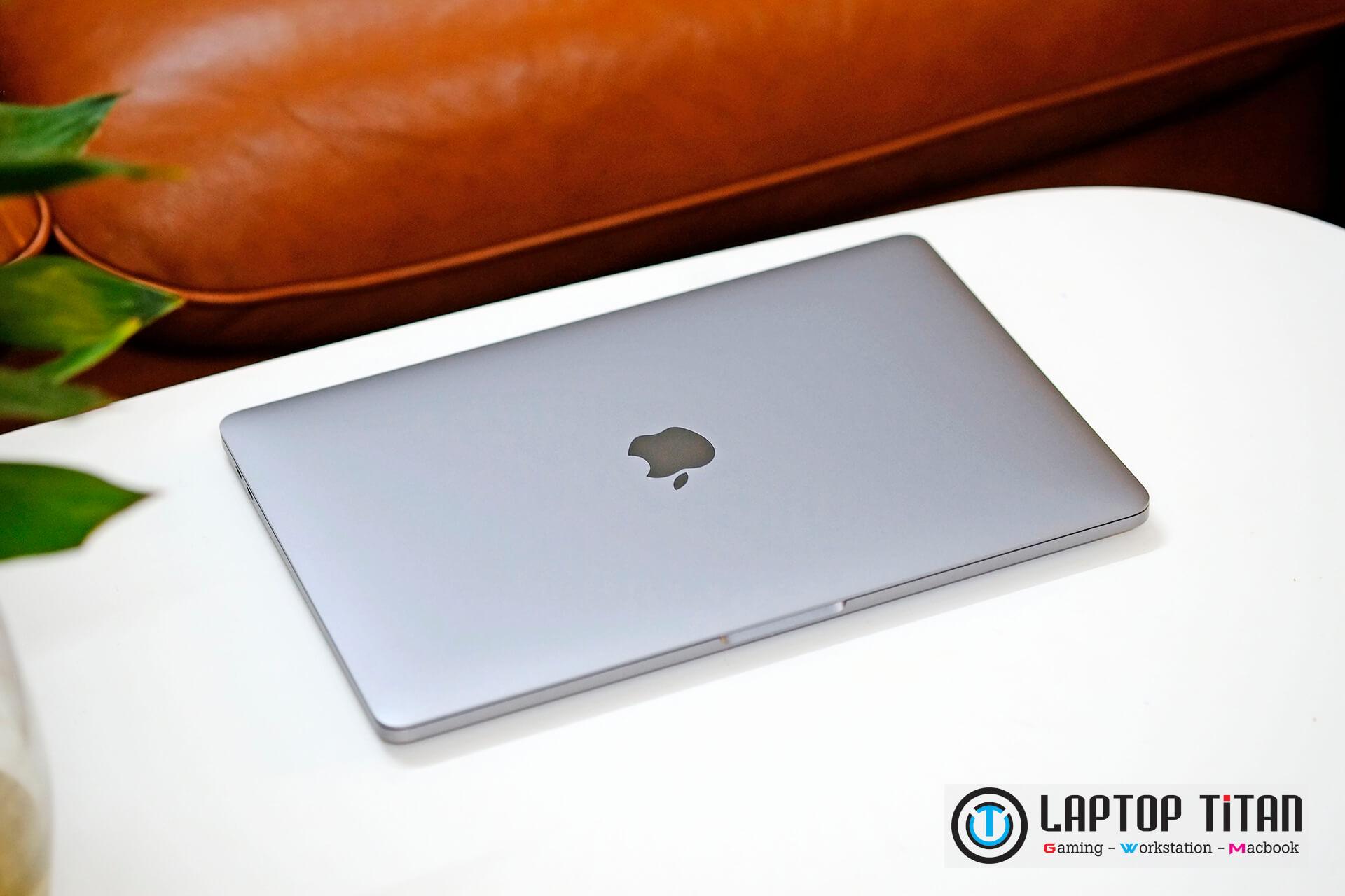 Macbook Pro M1 Laptoptitan 01