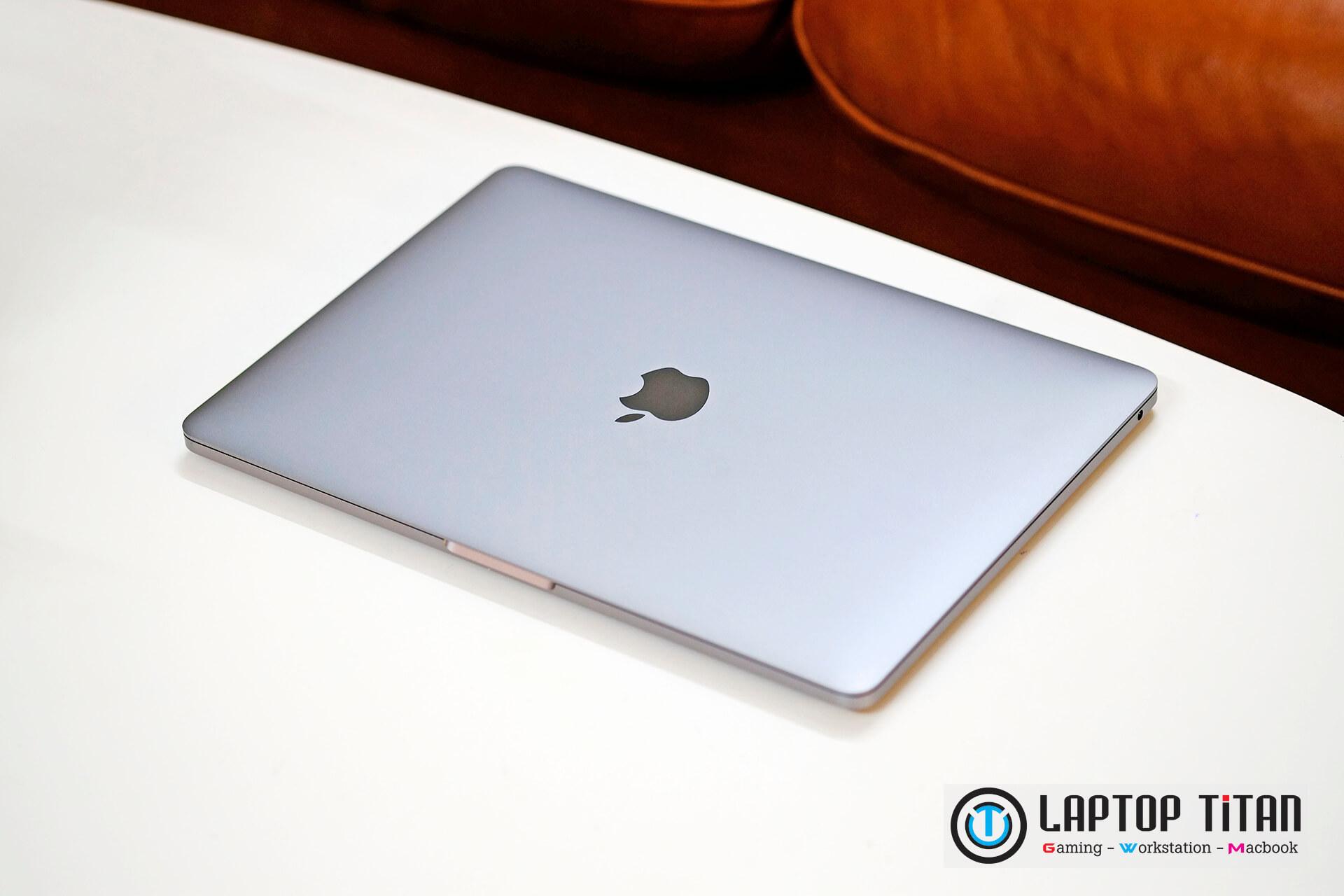Macbook Pro M1 Laptoptitan 02